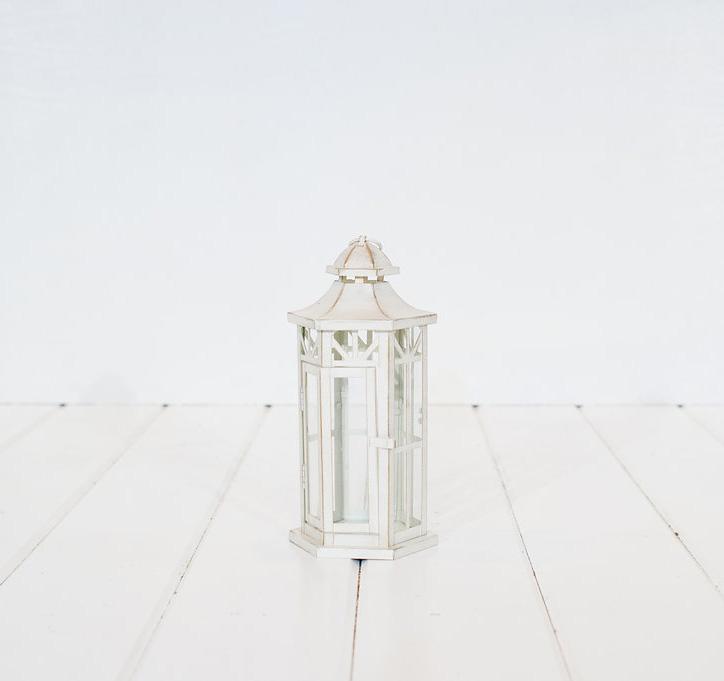 White Lanterns Vintage Rentals In Connecticut