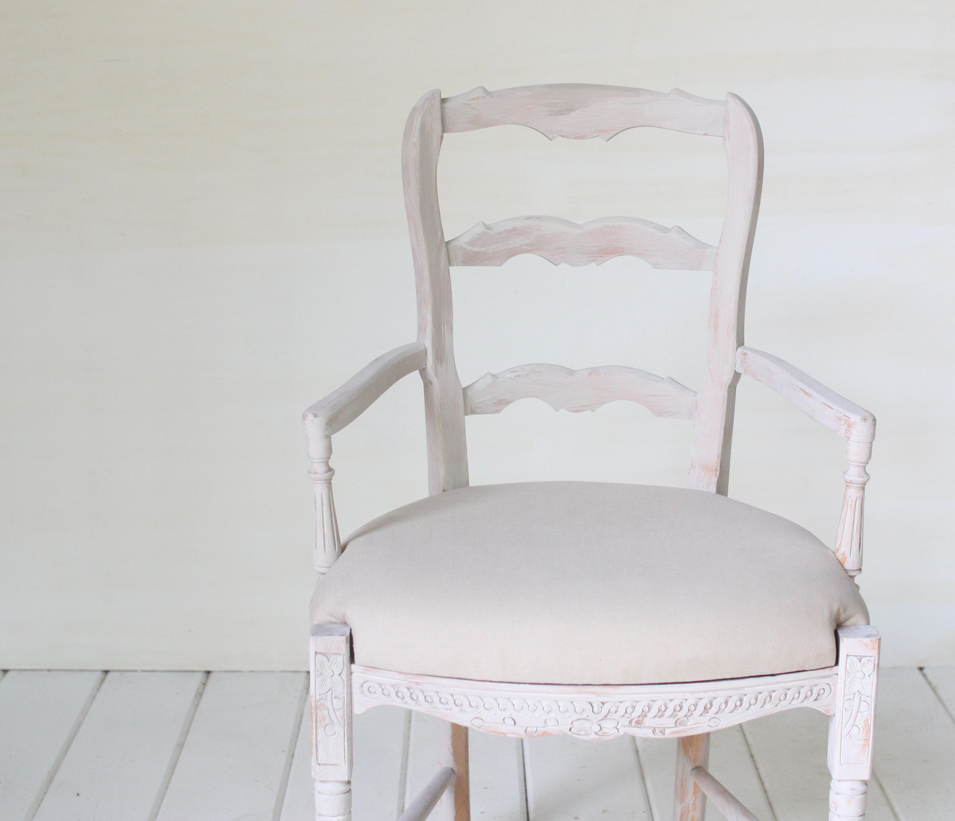 Wedding Chair Rentals: Vintage Armchairs- Vintage Rentals In Connecticut