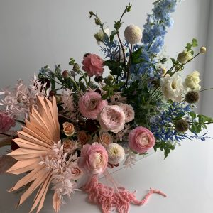gender reveal floral arrangement